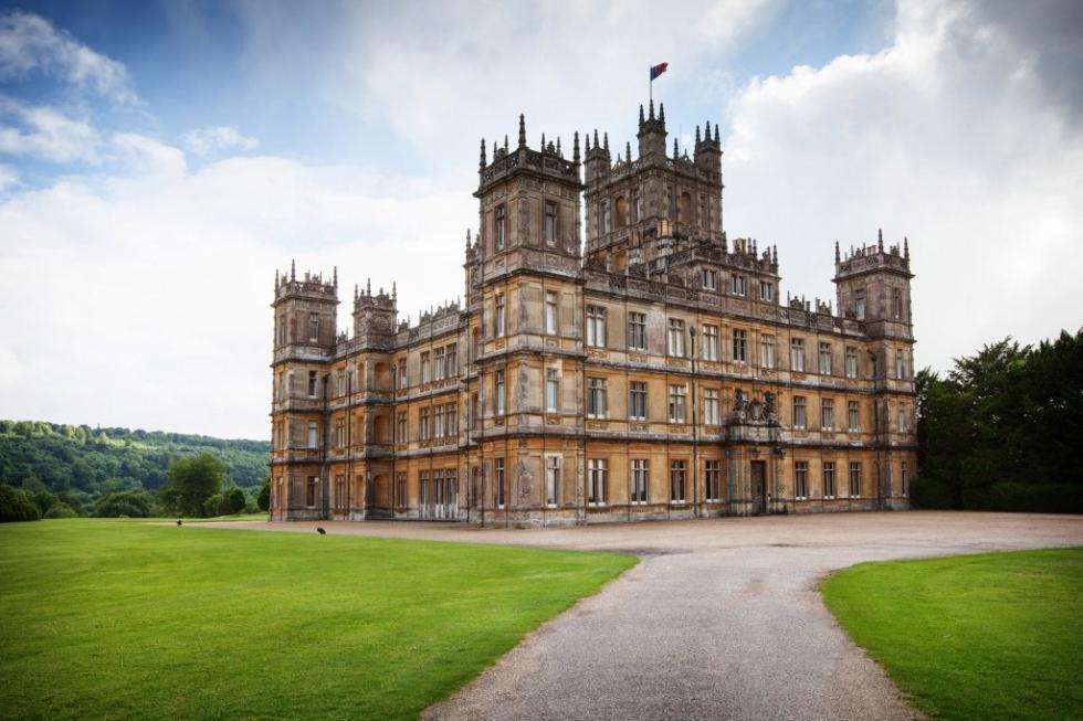 کاخ تاریخی محبوب نمایش تلویزیونی در انگلستان