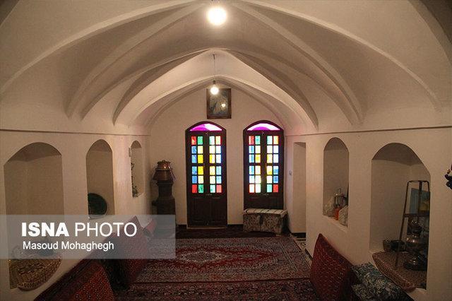 یک شب زندگی در کویر به روایت تصویر