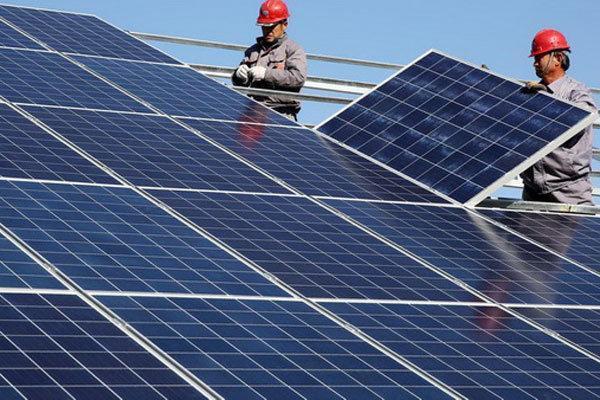 130 پنل خورشیدی در قشلاقات اردبیل توزیع شد