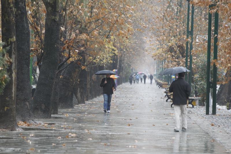 بارش ها تا سه روز آینده در کشور ادامه دارد