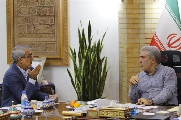 مونسان در دیدار با نماینده مردم بهشهر در مجلس شورای اسلامی: مازندران و گیلان باید رکن بوم گردی باشند