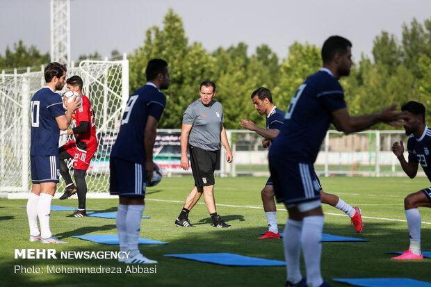 ویلموتس در شرایط خاصی قرار گرفته، دفاع پاشنه آشیل فوتبال ایران