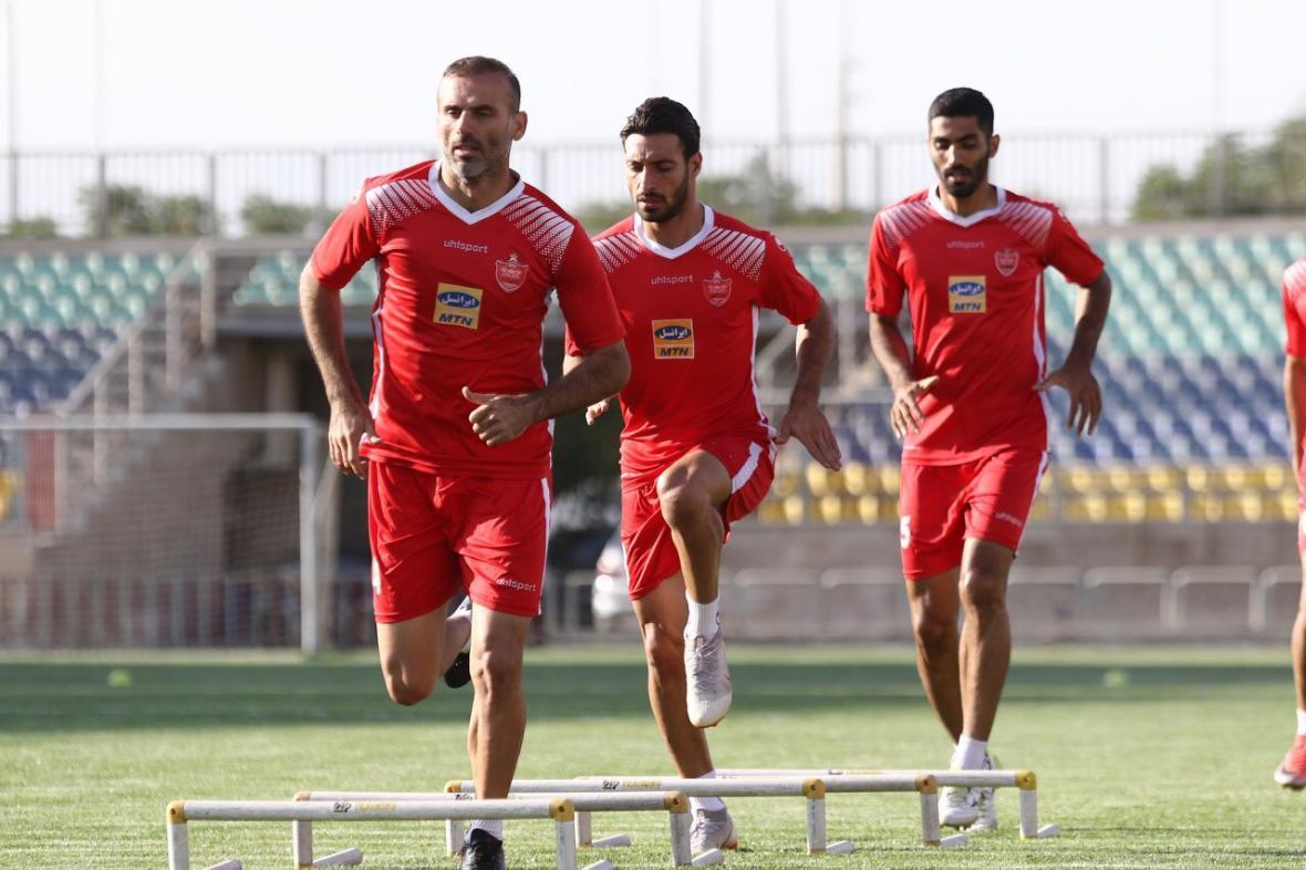 حضور هافبک عراقی در تمرین سرخپوشان، تاکید مربیان روی سرعت بازیکنان