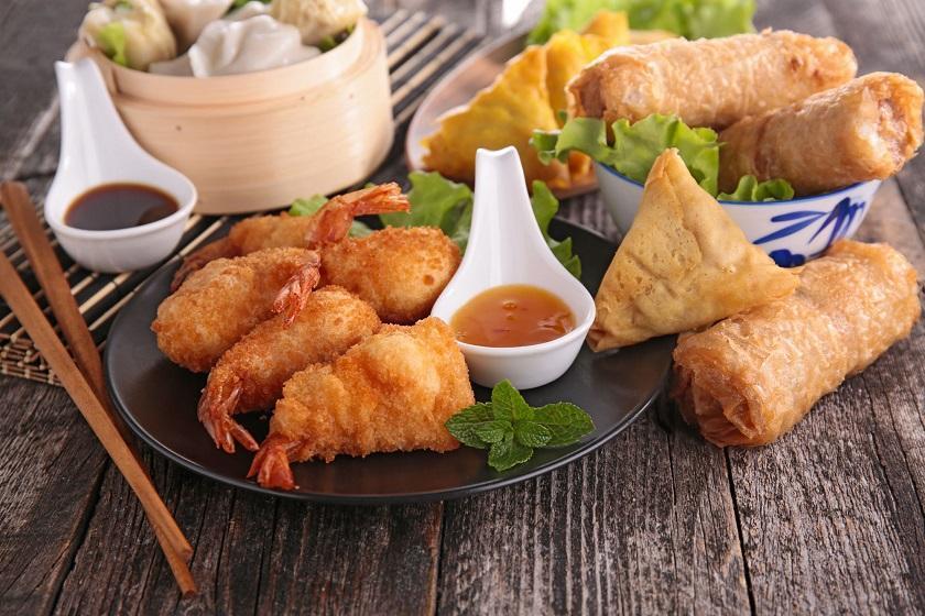 غذاهای خیابانی چینی که حتما باید امتحان کنید