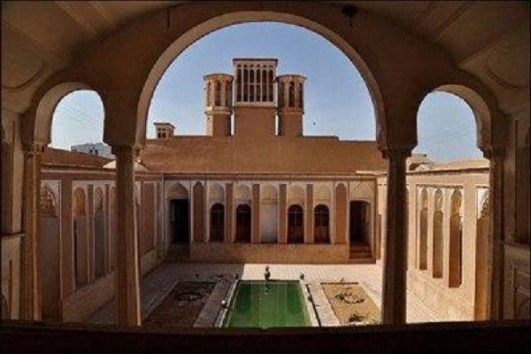 مرمت 14 اثر تاریخی در شهرستان باستانی مهریز