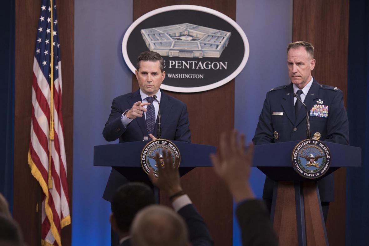 پنتاگون: در حال آنالیز چگونگی پاسخ به حملات به نظامیانمان در عراق هستیم