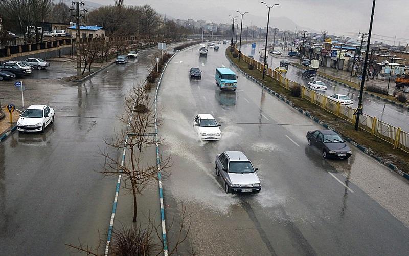باران و برف در جاده های 14 استان