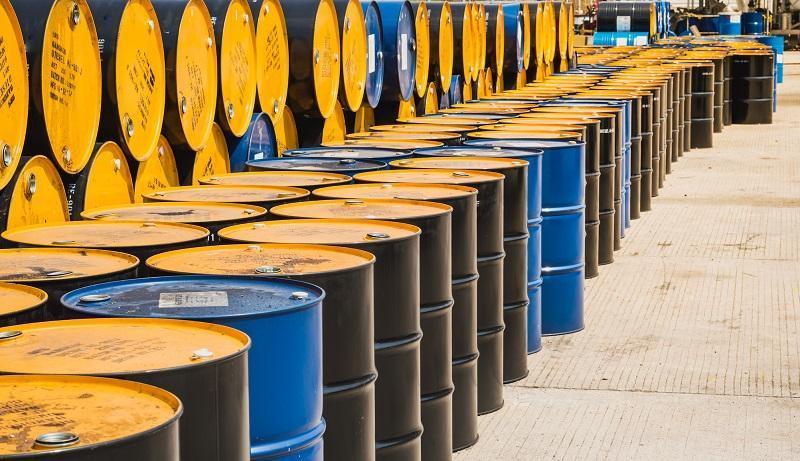 اولین قیمت نفت در هفته جدید میلادی، نفت خام آمریکا 15 درصد سقوط کرد