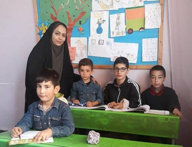 بهار عاشقی معلم در فصل کرونا