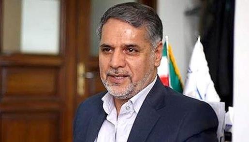 نقوی حسینی: استخدام کننده ای با حقوق نجومی در وزارت نفت، برخی از کنندگان از رانت استفاده می کنند