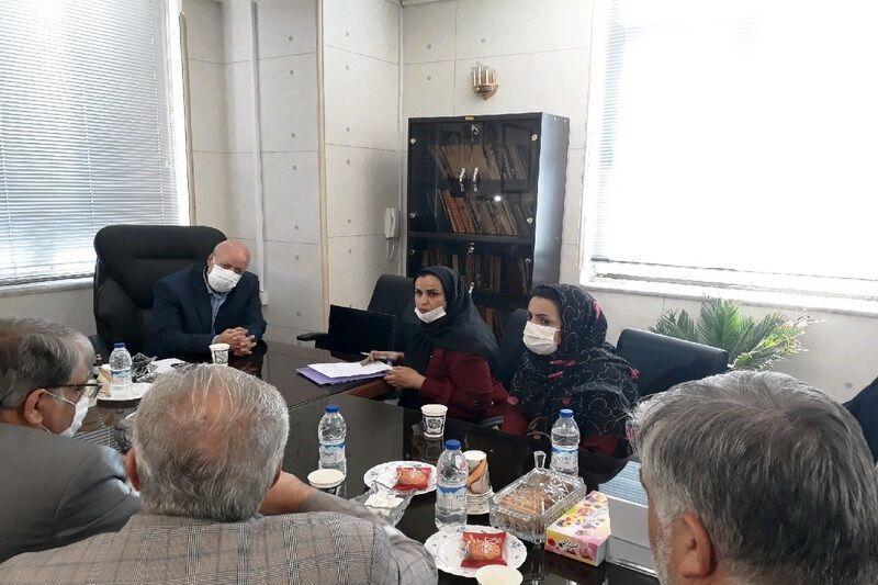 خبرنگاران استاندار اصفهان: مصمم به حل مسائل مردم هستیم
