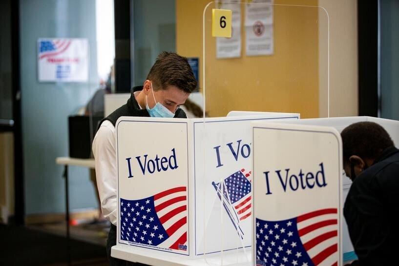کسب رای با تهدید قشر کارگر، عکس