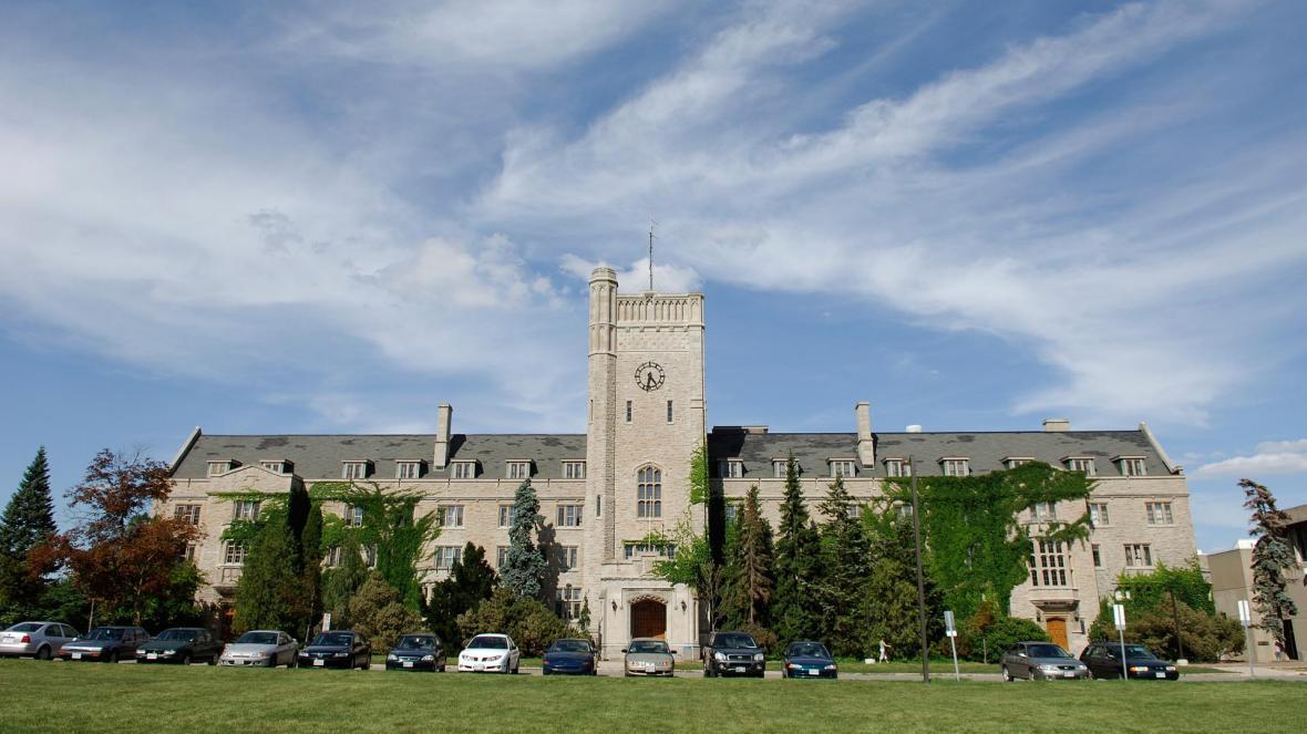 مقاله: دانشگاه گوئلف (University of Guelph)