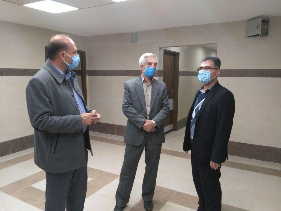 خبرنگاران درمانگاه تامین اجتماعی عجب شیر آماده بهره برداری است
