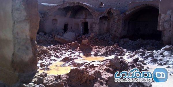 قلعه تاریخی فیروز آباد ابرکوه به دنبال تخریب دو سد خاکی ویران شد