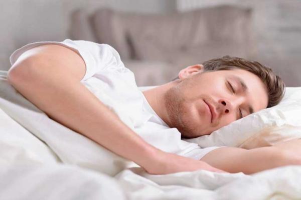 ترفندهای ساده برای داشتن یک ساعت خواب راحت