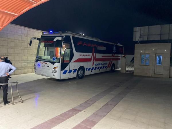 خبرنگاران انتقال بیش از یکصد بیمار کرونایی به وسیله اتوبوس آمبولانس در اهواز