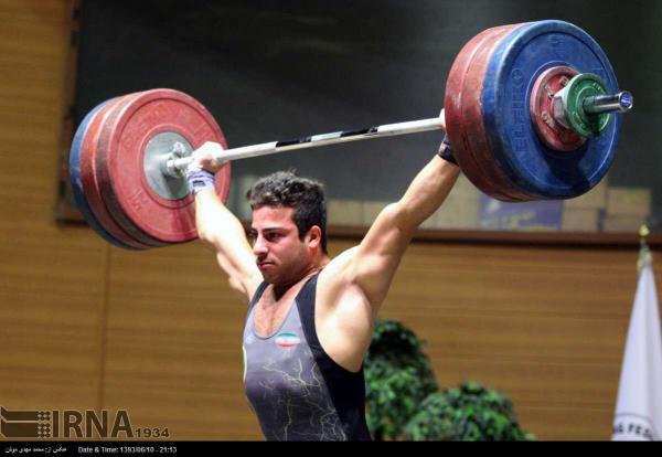 خبرنگاران رستمی مدال طلای وزنه برداری آسیا را به گردن آویخت