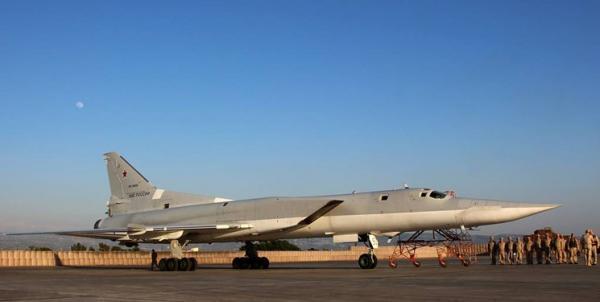 پرواز تاکتیکی توپولوف های راهبردی روسیه بر فراز مدیترانه