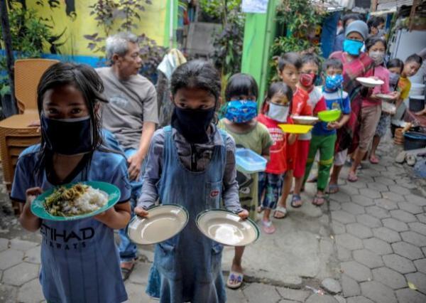 خبرنگاران کرونا و فقر؛ بحران انسانی تازه در کمین دنیا